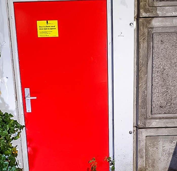 Geluidsscherm: vernieuwen van deur